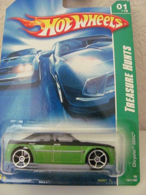 HOT WHEELS 2008 TREASURE HUNT #01/12 CHRYSLER 300C REG.