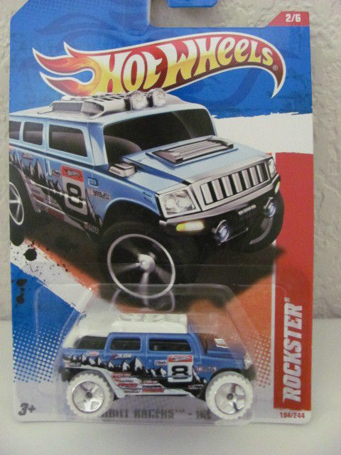 HOT WHEELS 2011 ROCKSTER #02/06 THRILL RACERS - ICE