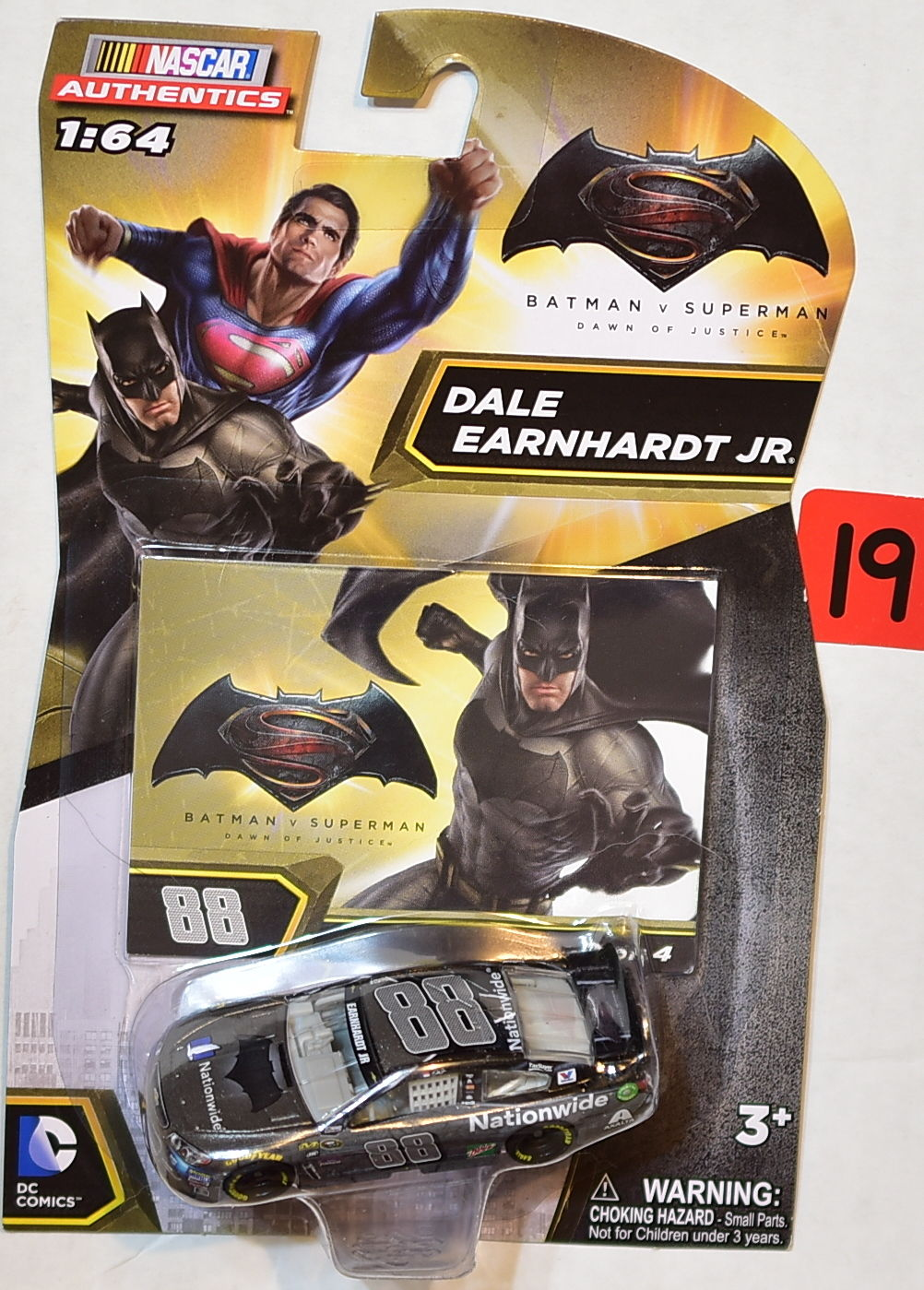 NASCAR AUTHENTICS 1:64 DC COMICS BATMAN V SUPERMAN DALE EARBHARDT JR