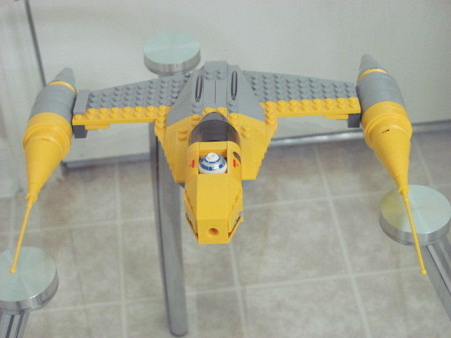 LEGO STAR WARS NABOO STARFIGHTER WITH VULTURE DROID #7660 BUILT