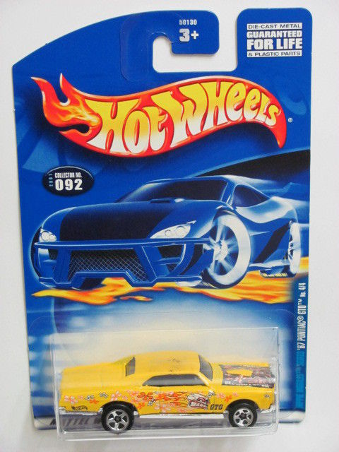 HOT WHEELS 2001 '67 PONTIAC GTO #092 YELLOW