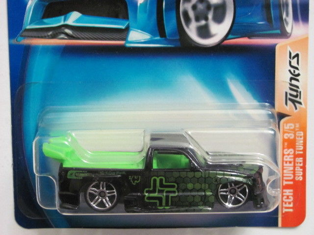 HOT WHEELS 2003 TECH TUNERS 3/5 SUPER TUNED #102 TUNERS