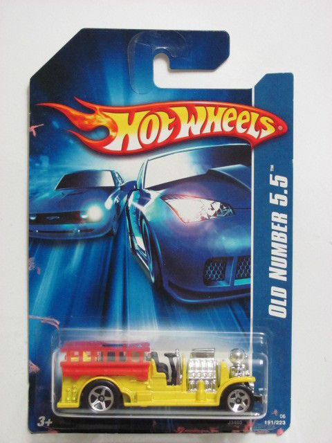 HOT WHEELS 2006 OLD NUMBER 5.5 YELLOW