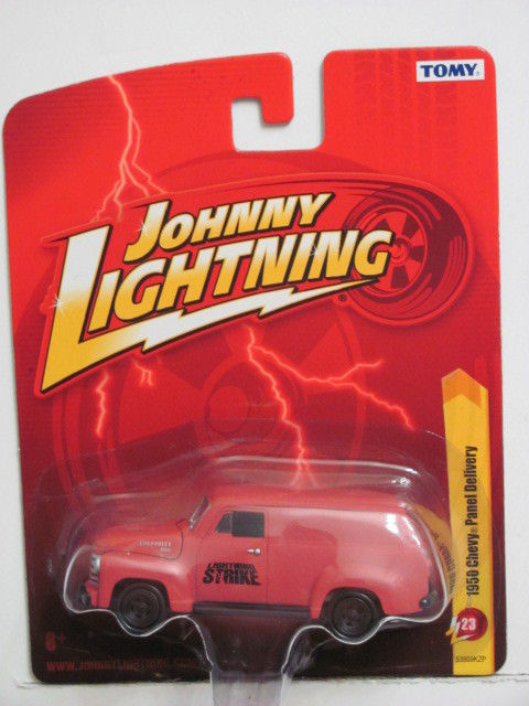 JOHNNY LIGHTNING 1950 CHEVY PANEL DELIVERY JL23 TOMY