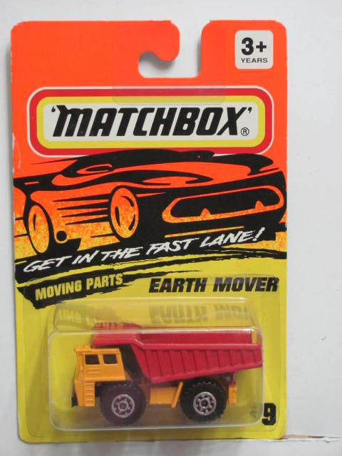 MATCHBOX 1995 EARTH MOVER ORANGE #09 YELLOW