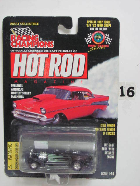 RACING CHAMPIONS HOT ROD 1997 ISSUE '32 FORD COUPE SC 1:54