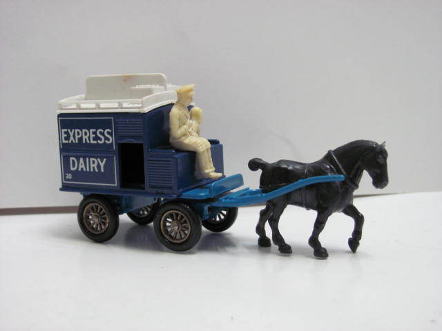 DAYS GONE DIECAST BY LLEDO EXPRESS DAIRY ENGLAND E+