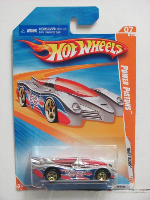 HOT WHEELS 2010 TRACK STARS POWER PISTONS