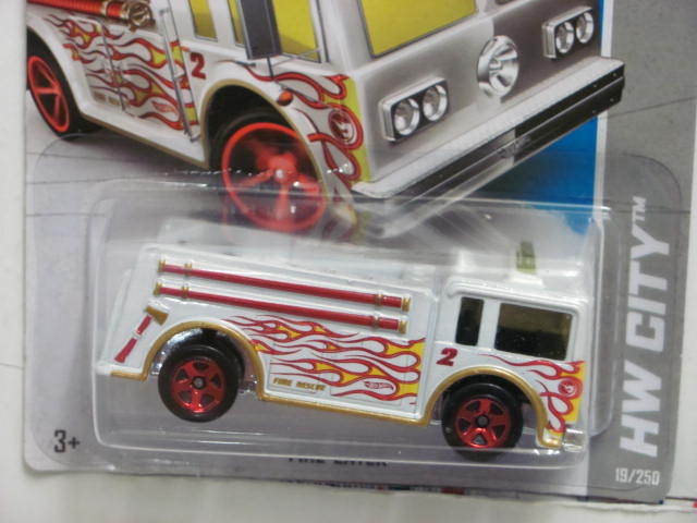 HOT WHEELS 2013 TREASURE HUNT HW CITY - HW RESCUE FIRE-EATER
