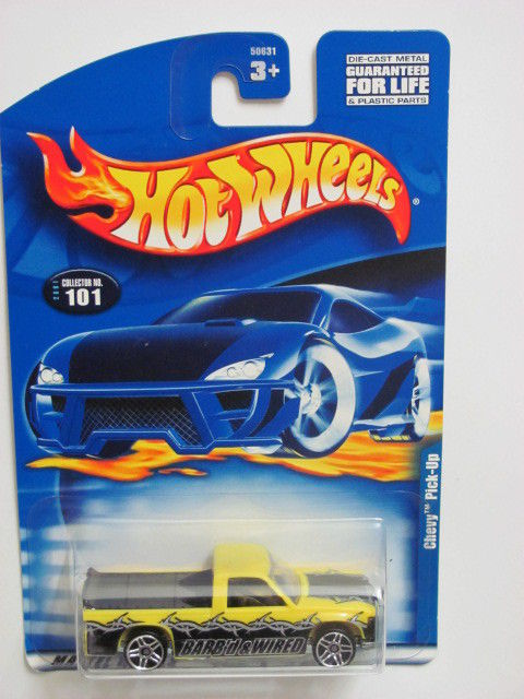 HOT WHEELS 2001 CHEVY PICK-UP TRUCK #101 YELLOW