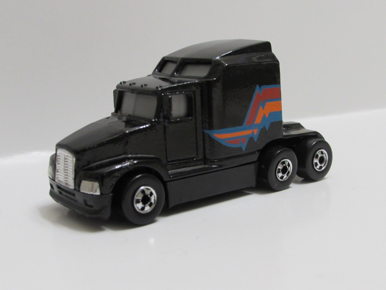 HOT WHEELS 1989 #76 BIG RIG KENWORTH T-600A LOOSE C-1