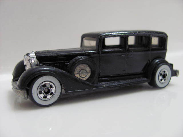 HOT WHEELS 1982 CLASSIC PACKARD BLACK W/WW C-5