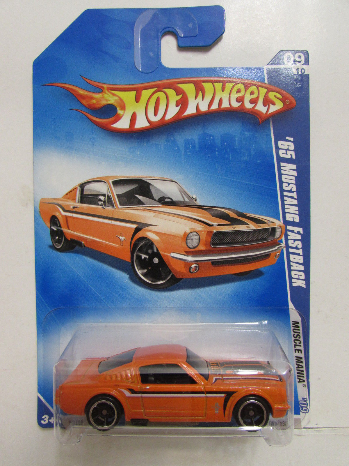 HOT WHEELS 2009 MUSCLE MANIA '65 MUSTANG FASTBACK ORANGE KMART