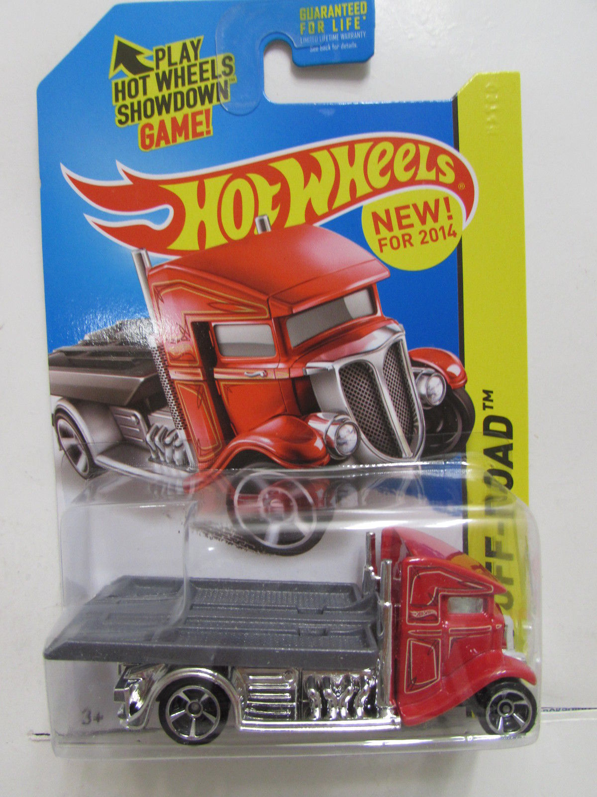 HOT WHEELS 2014 HW OFF-ROAD STUNT CIRCUIT FAST-BED HAULER RED