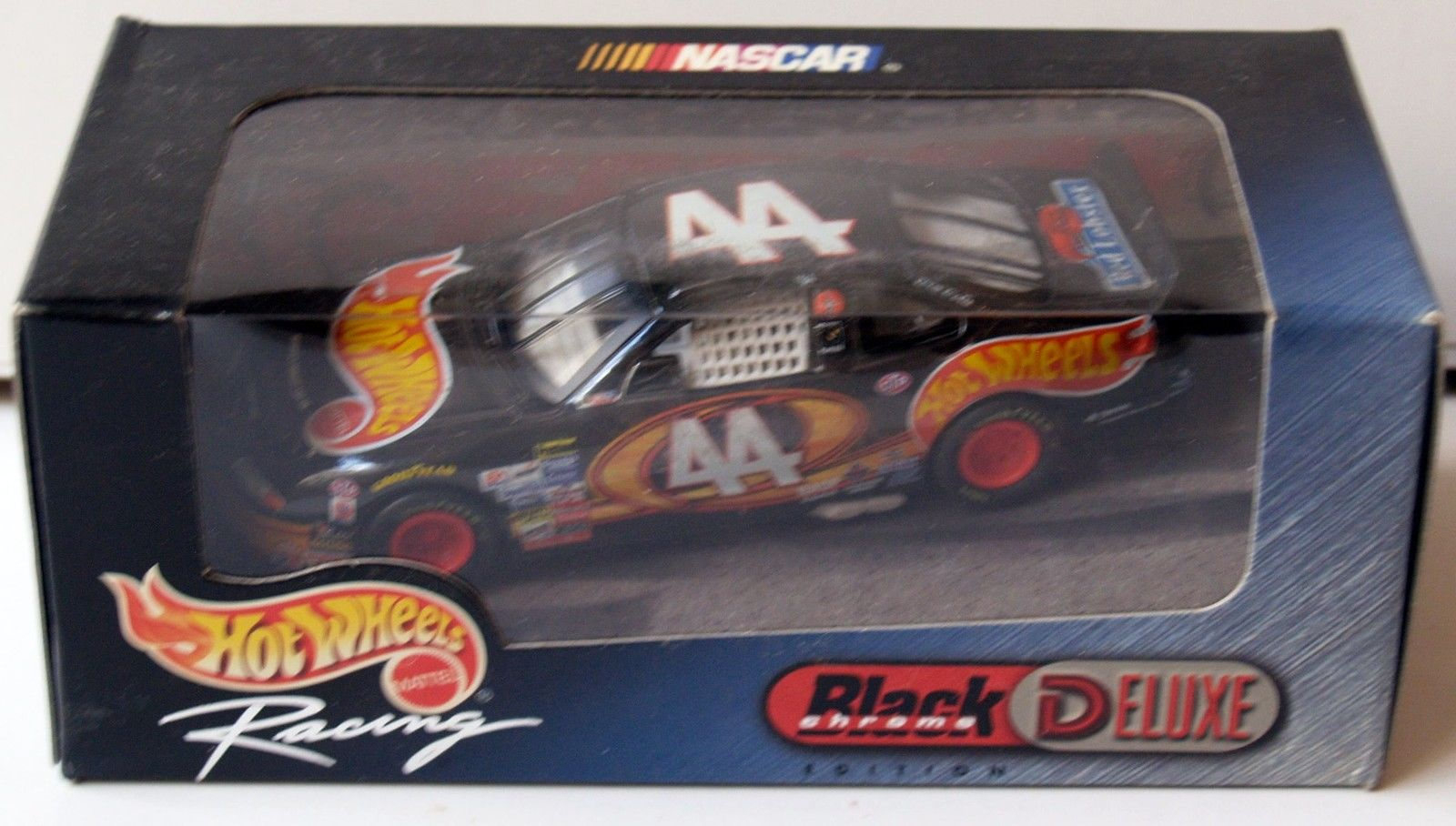 1999 HOT WHEELS RACING - BLACK CROME DELUXE 1:24 - #44