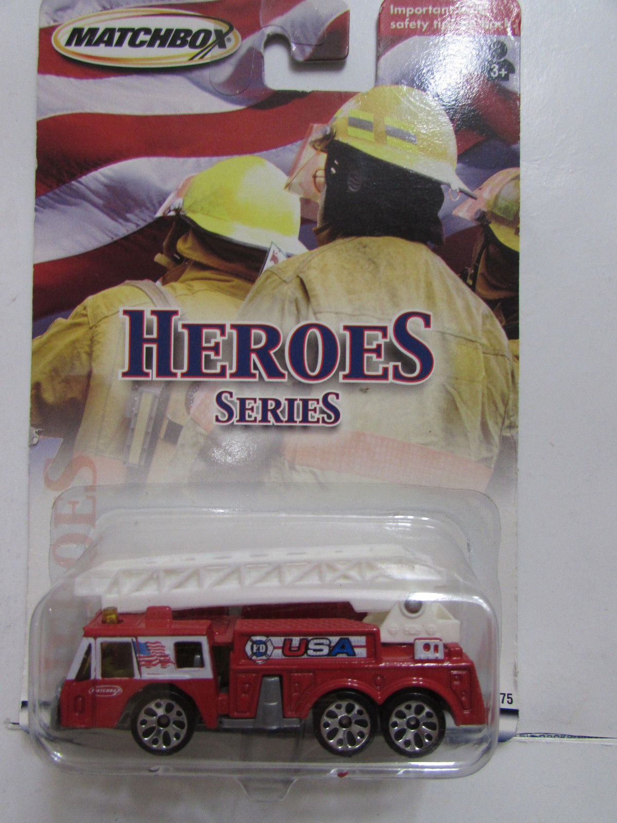 MATCHBOX 2001 HEROES FIRE ENGINE RED