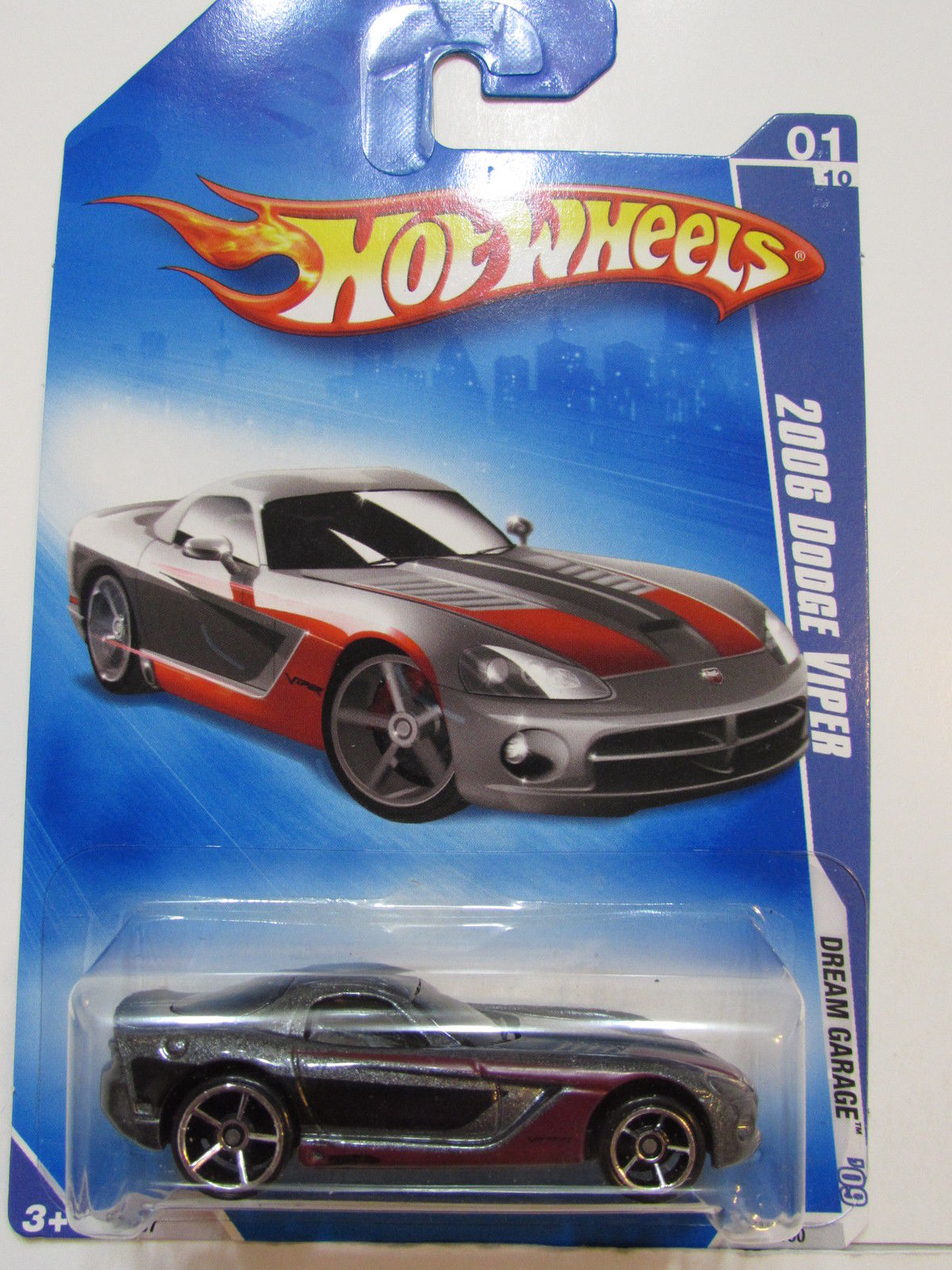 HOT WHEELS 2009 DREAM GARAGE 2006 DODGE VIPER