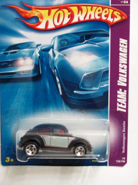 HOT WHEELS 2008 TEAM: VOLKSWAGEN BEETLE #01/04 E+