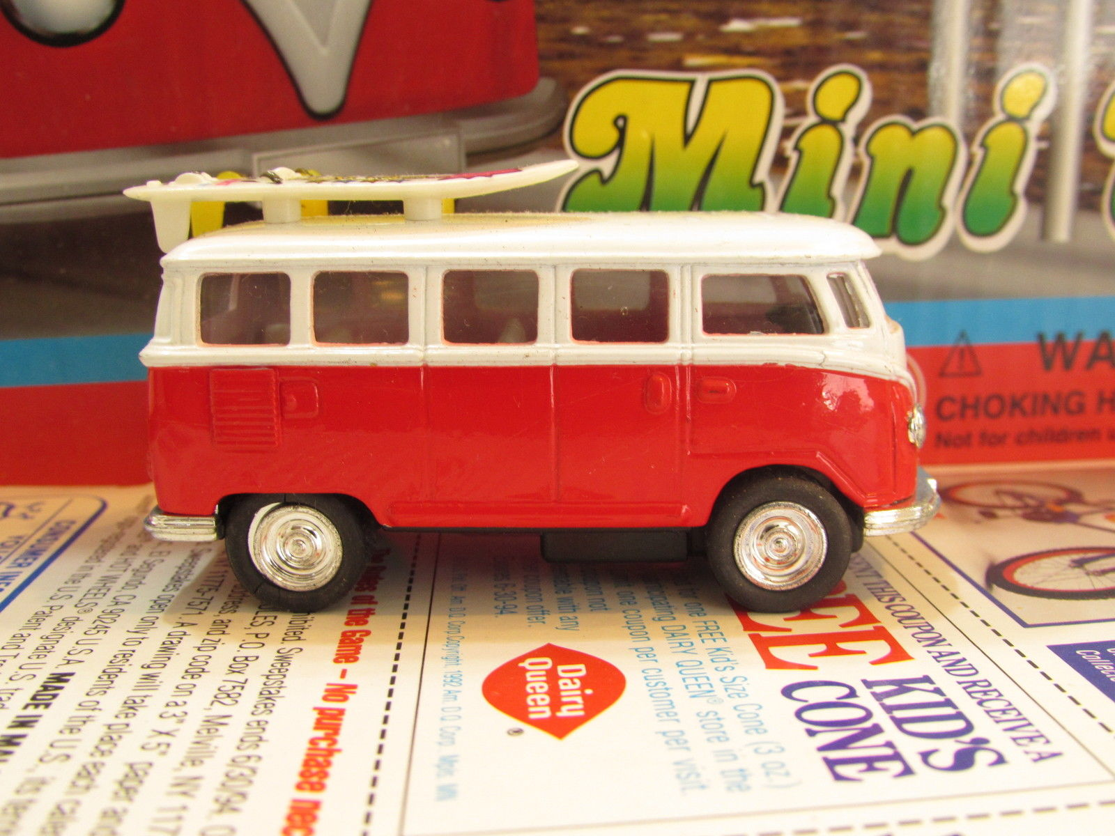 1993 KINTOY DIE CAST METAL MINI VAN - BUS W/ SURFBOARDS RED LOOSE