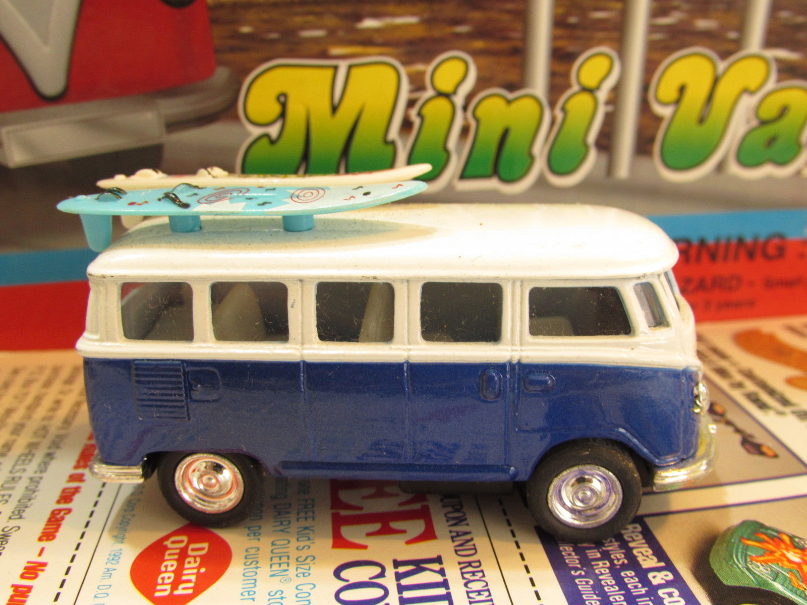 1993 KINTOY DIE CAST METAL MINI VAN - BUS W/ SURFBOARDS BLUE LOOSE