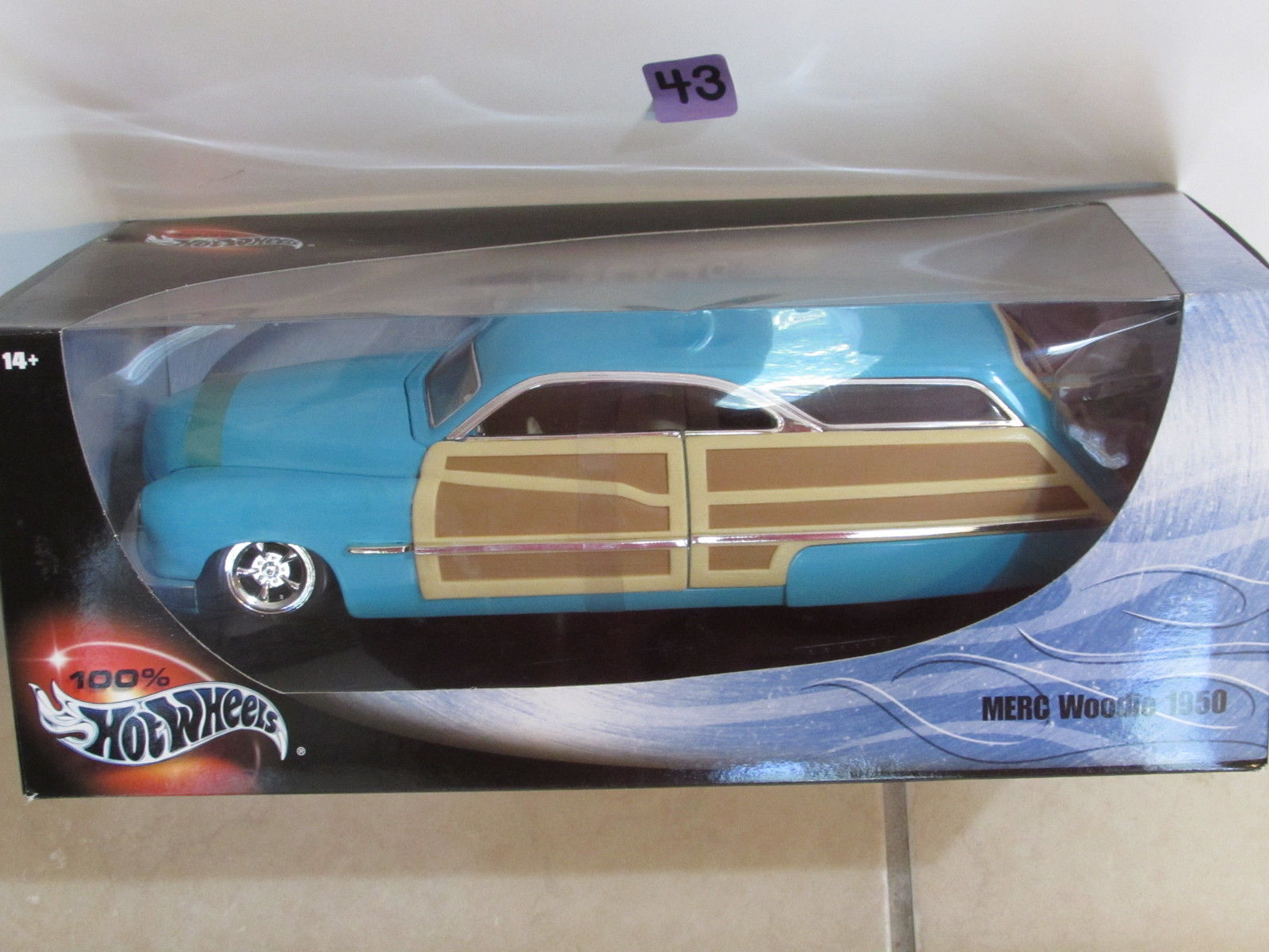 100% HOT WHEELS 2000 - 1950 MERC WOODIE SCALE 1:18