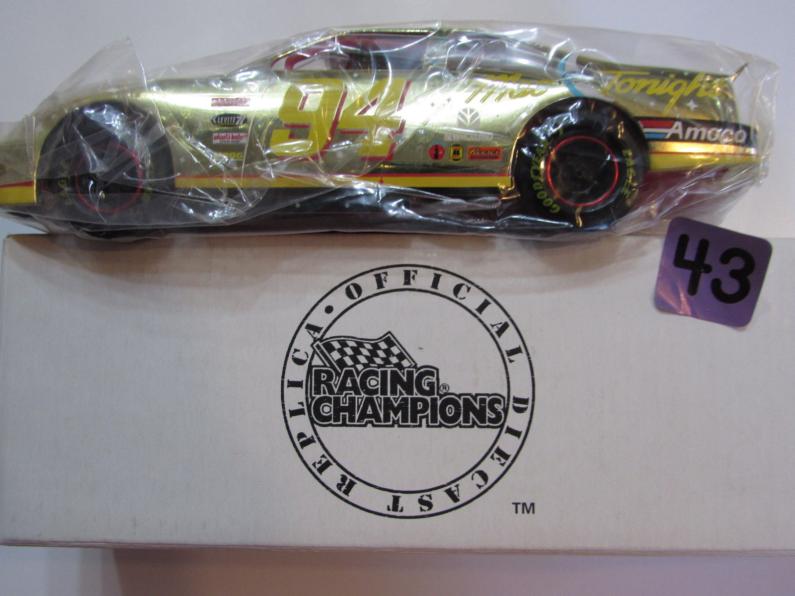 RACING CHAMPIONS MCDONALD'S FORD THUNDERBIRD GOLD - BILL ELLIOTT #94