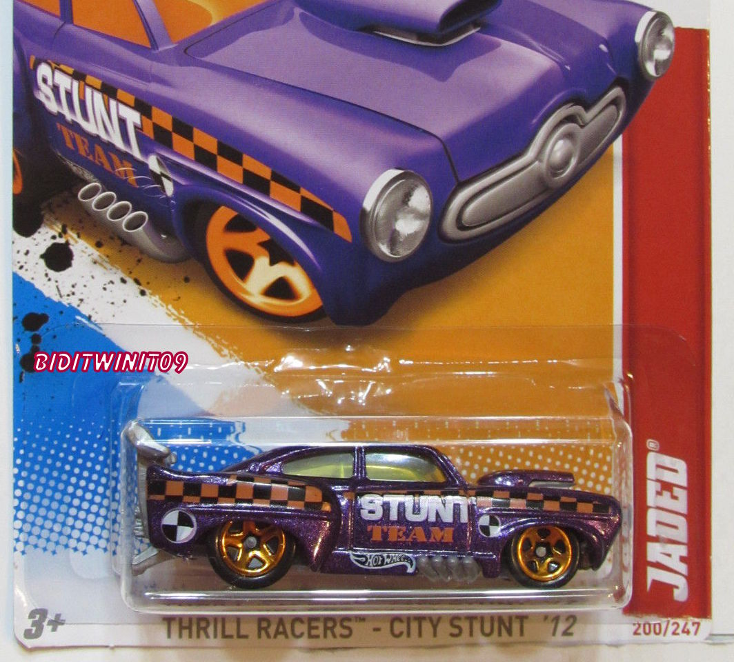 HOT WHEELS 2012 THRILL RACERS-CITY STUNT JADED FACTORY SEALED