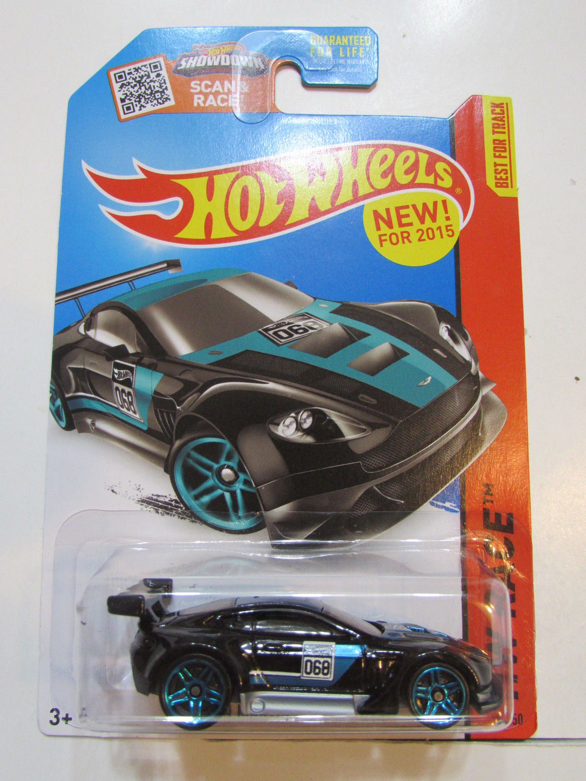 HOT WHEELS 2015 HW RACE -WORLD RACE - ASTON MARTIN VANTAGE GT3 BLACK