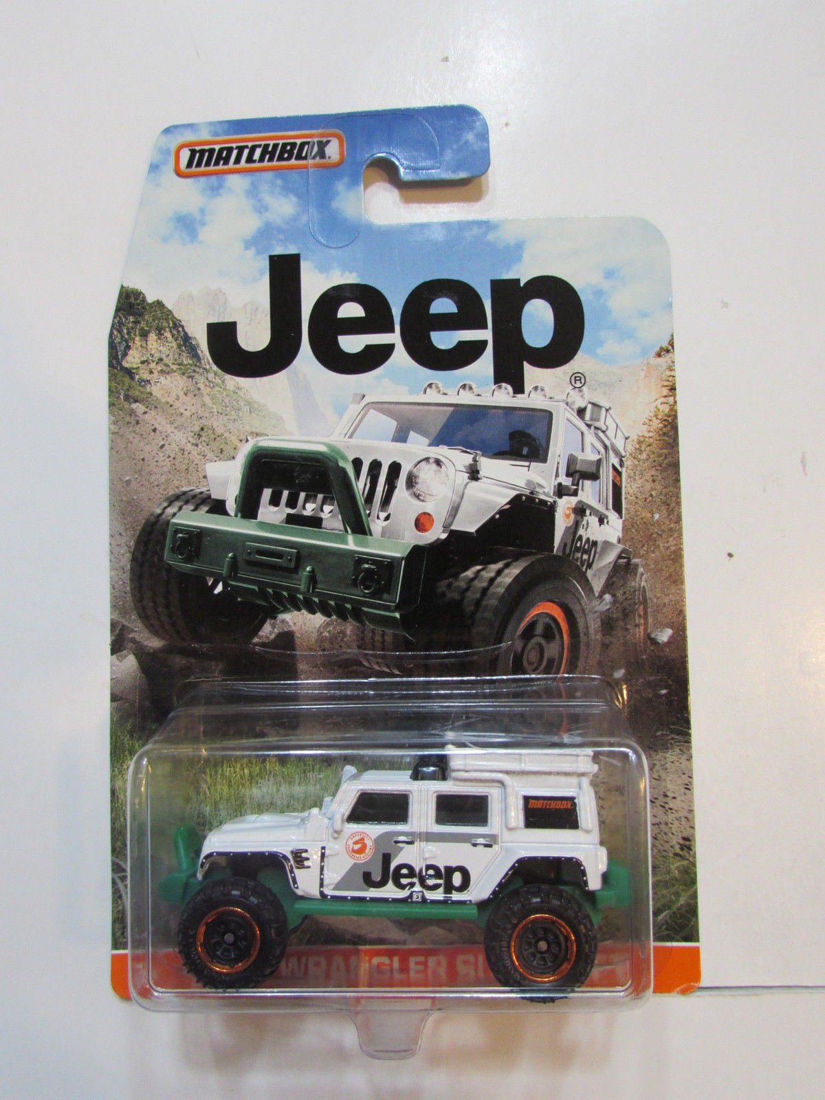MATCHBOX 2015 JEEP WRANGLER SUPERLIFT WHITE