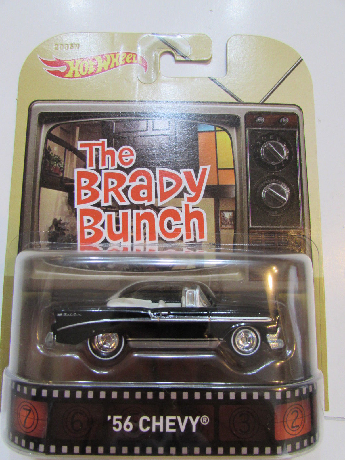 HOT WHEELS RETRO ENTERTAINMENT THE BRADY BUNCH - '56 CHEVY