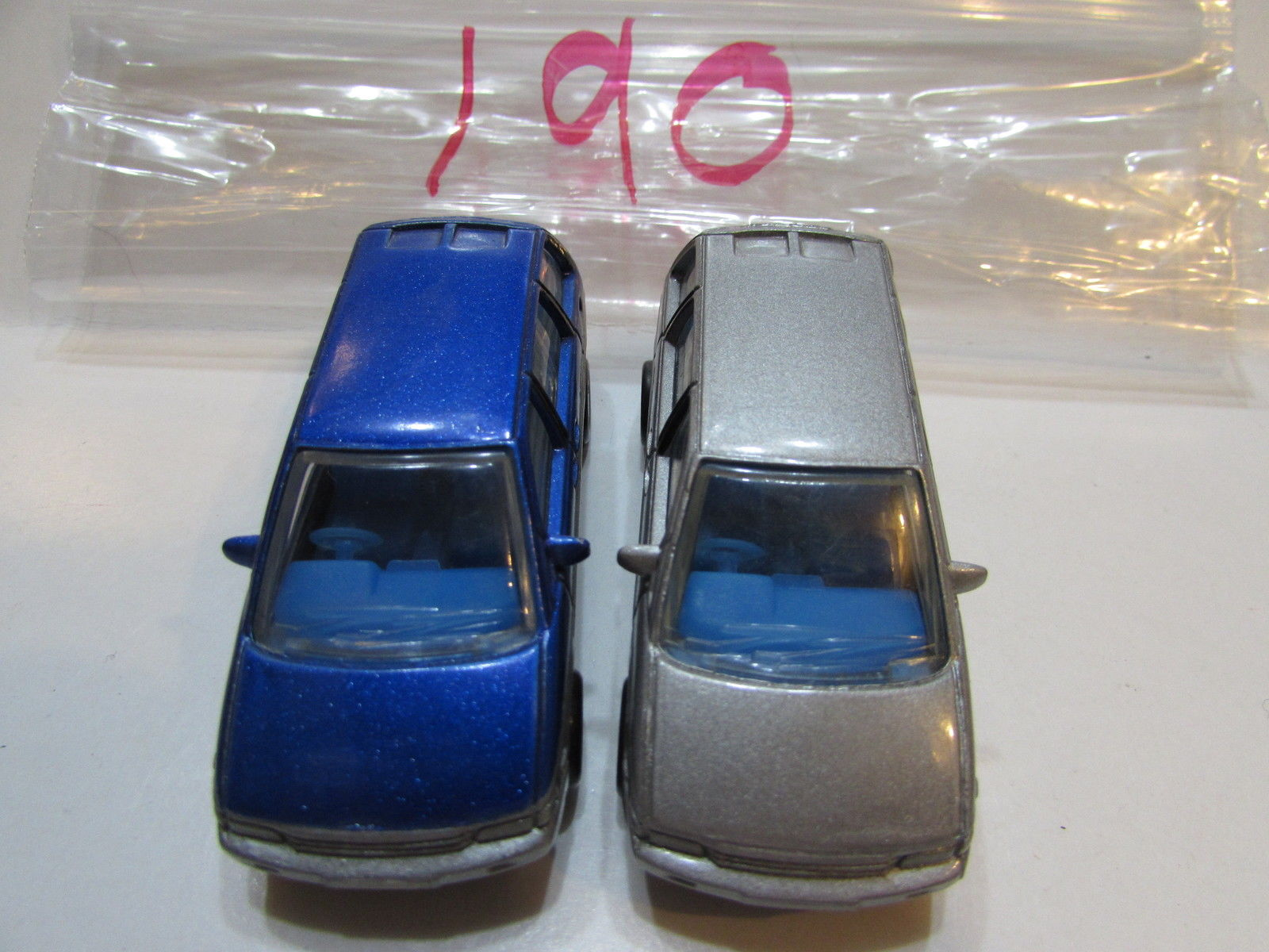 MATCHBOX LOT OF 2 LOOSE NISSAN PRAIRIE SCALE 1:59 1990 BLUE - SILVER