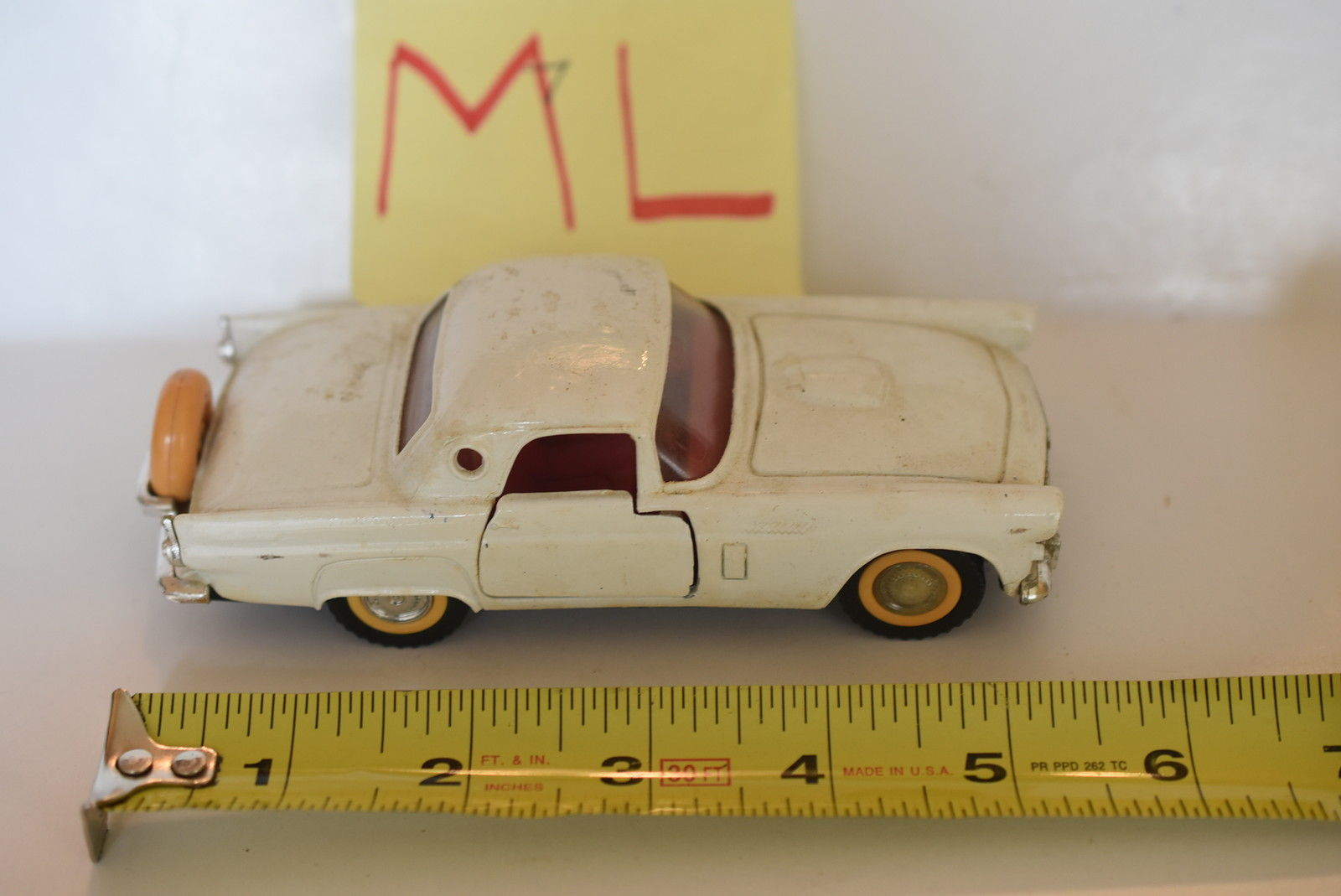 MAJORETTE '56 THUNDERBIRD WHITE SCALE 1/32 LOOSE