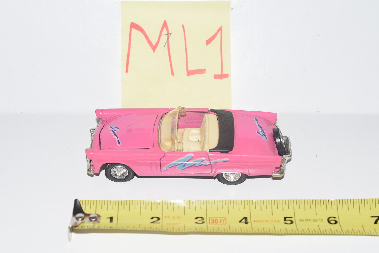 WELLY 1955 THUNDERBIRD PINK #9014 W/ OPENING DOORS & HOOD - LOOSE