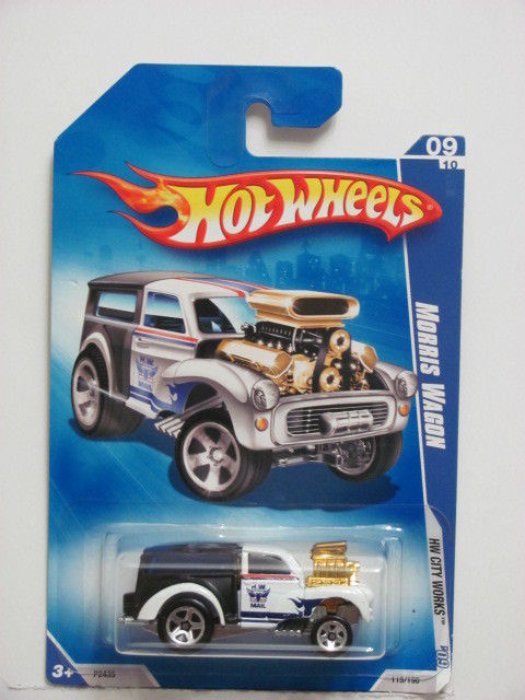 HOT WHEELS 2009 09/10 MORRIS WAGON - HW CITY WORKS