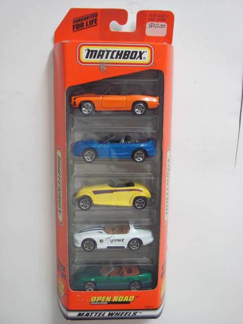 MATCHBOX 5 CAR PACK GIFT SET DODGE CAMARO MUSTANG PLYMOUTH E+