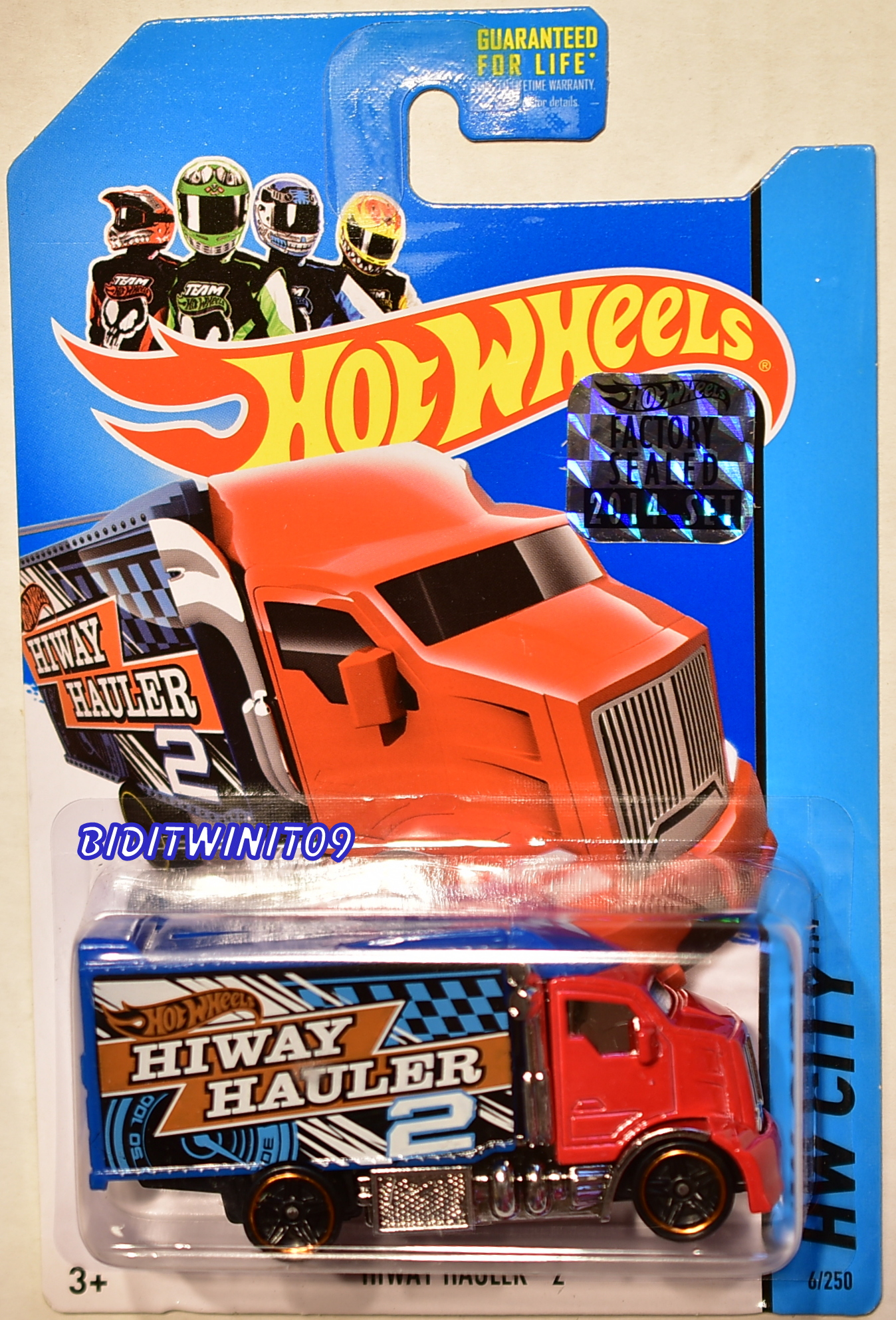 HOT WHEELS 2014 HW CITY HIWAY HAULER 2 FACTORY SEALED RED