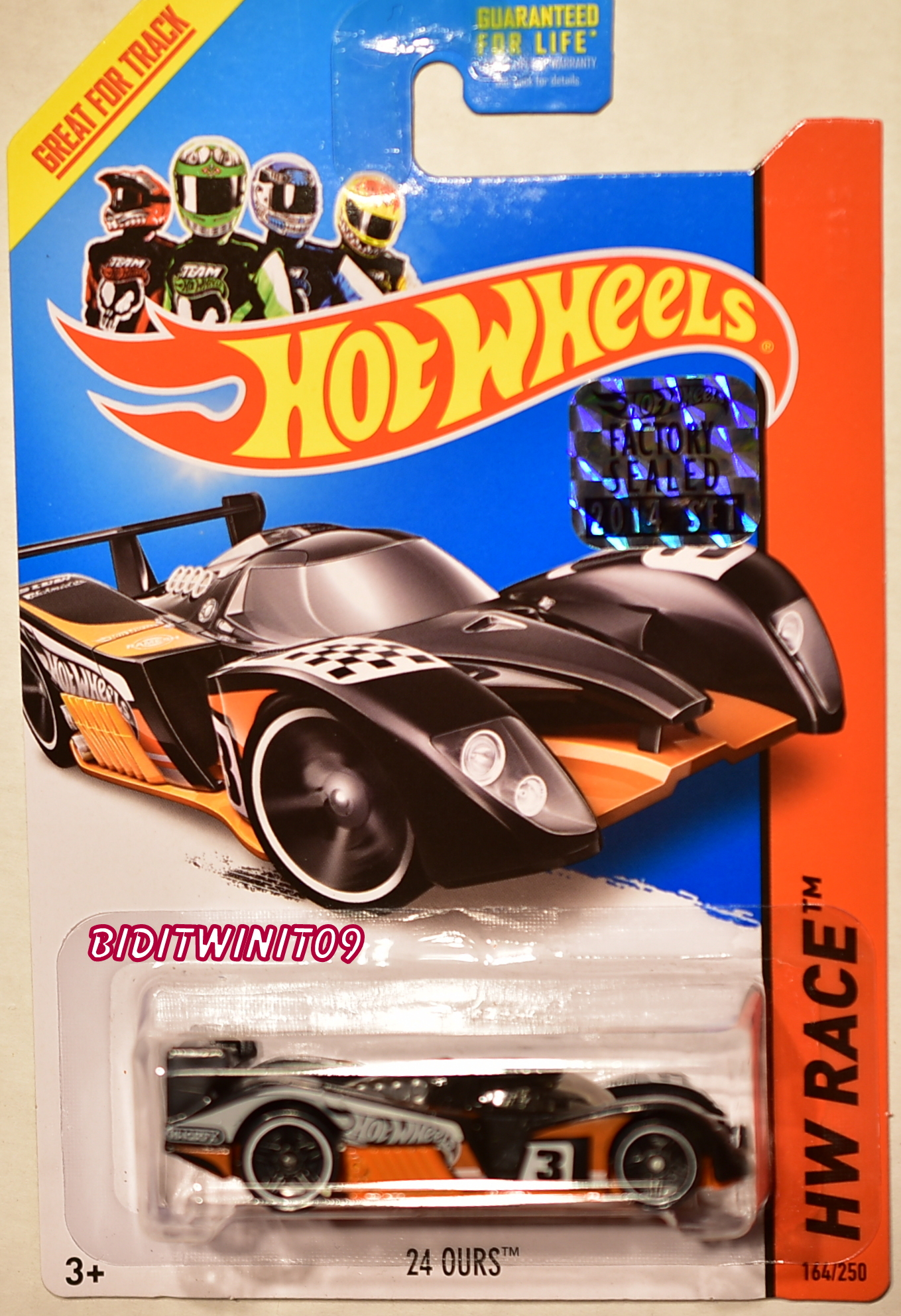 HOT WHEELS 2014 HW RACE 24 OURS FACTORY SEALED