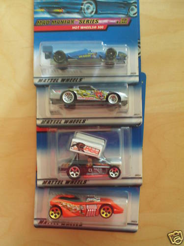 HOT WHEELS 2000 MAD MANIAX SERIES 1 - 4