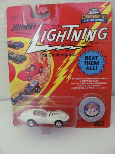 JOHNNY LIGHTNING WHITE LIGHTNING CUSTOM TURBINE 1995