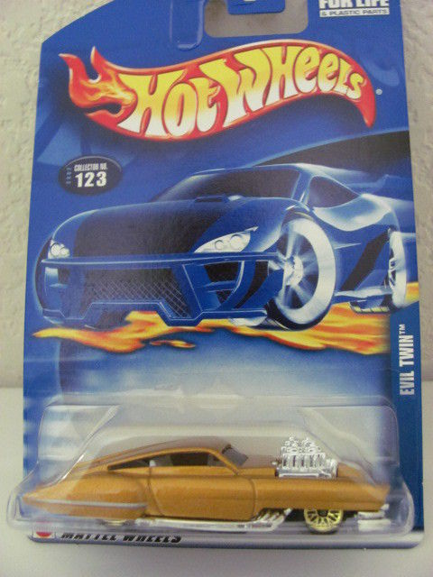 HOT WHEELS 2002 #123 EVIL TWIN - GOLD!!