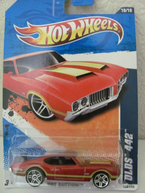 HOT WHEELS 2011 HOT AUCTION #10/10 OLDS 442 RED