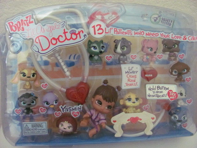 BRATZ LIL ANGELZ DOCTOR WITH PETS MIN IN BOX - Click Image to Close