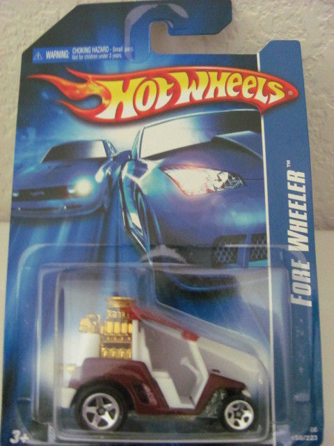 HOT WHEELS 2006 FORE WHEELER 1:64 RED