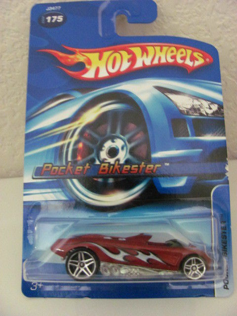 HOT WHEELS 2006 POCKET BIKESTER #175 RED