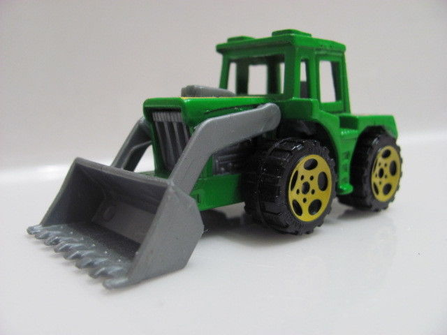 MATCHBOX TRACTOR SHOVEL GREEN - LOOSE!!!