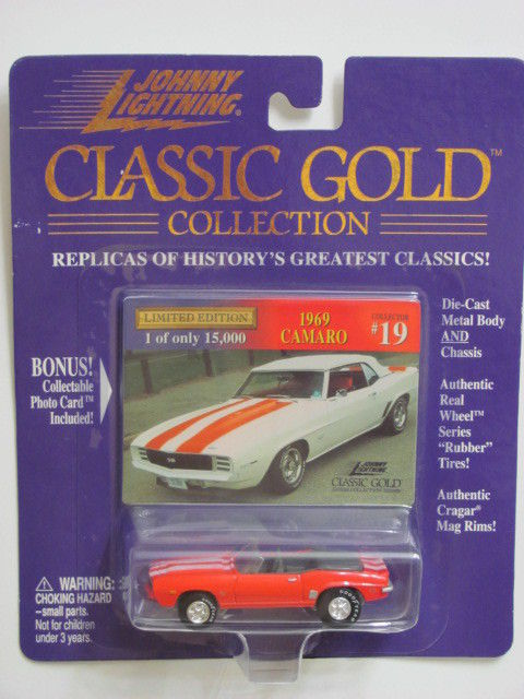 JOHNNY LIGHTNING CLASSIC GOLD 1969 CAMARO #19 RED