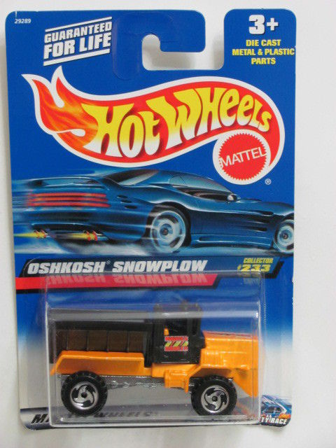 HOT WHEELS 2000 OSHKOSH SNOWPLOW YELLOW #233