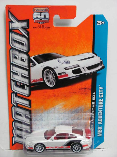 MATCHBOX 2013 MBX ADVENTURE CITY 2007 PORSCHE 911 WHITE