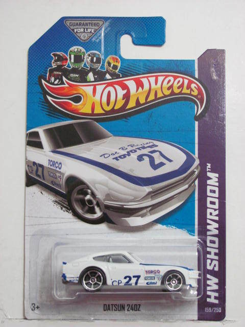 HOT WHEELS 2013 HW SHOWROOM - ASPHALT ASSAULT DATSUN 24OZ TAMPO ERROR