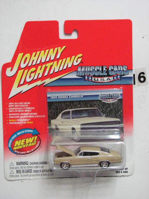 JOHNNY LIGHTNING MUSCLE CARS U.S.A 1966 DODGE CHARGER
